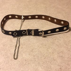 Accessories - BNWOT BLACK FAUX LEATHER BELT WITH SILVER CHAIN